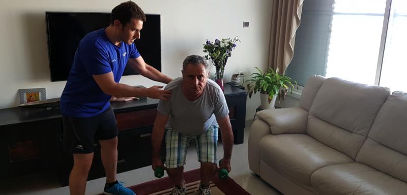 יהונתן ארנון מאמן כושר אישי וריצה - פעילות גופנית לגיל השלישי